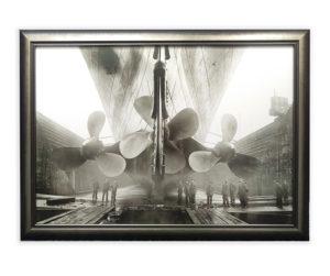titanic-silver-frame