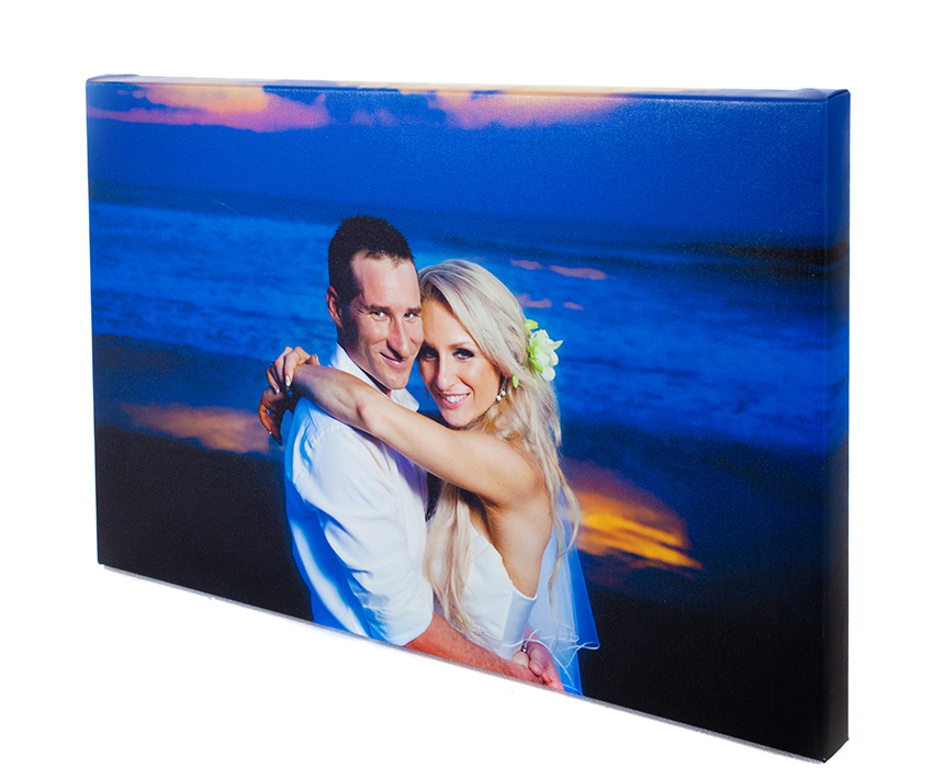 canvas photo of wedding couple